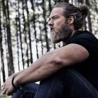 e3ddb24c898167db1bee81136ed85e50--lumberjack-men-man-bun